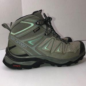 Salomon Gore-Tex X-Ultra  Mid hiking Boots size 5